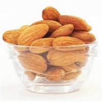 chesleyshrinking:  Almonds: a study show that people who ate one serving of almonds per day eliminated more pounds than those who consumed heavy carbs Oats: it's high in fiber, so it helps keep the feeling of satiety throughout the day. Just half a cup of oatmeal has 4.6 grams of resistant starch healthy carbohydrate that stimulates metabolism and burns fat Chickpeas: 1/2 cup has 2 grams of resistant starch. It's is also a great source of fiber, protein and healthy fats Blueberries: famous for its anti-aging effects, a cup of blueberries (blueberry) has only 80 calories. The fruit also help keep the body satiated for a longer time with the intake of 4 g of fiber Broccoli: cooked or raw, this vegetable is known to prevent cancer. A serving of broccoli has only 30 calories and even help combat excess weight Brown Rice: a half-cup portion contains 1.7 g of resistant starch, carbohydrate that stimulates healthy metabolism to burn fat. Moreover, it has low density and provides enough energy, ie it satisfies even with fewer calories Pear: a portion of this fruit can provide up to 15% of the recommended daily amount of fiber. One study found that women who ate three pears a day consumed fewer calories and lost more weight. Do not peel the fruit as it is the shell that contains lots of fiber Lentil: it is a great source of protein and fiber. Therefore, helps provide satiety. Half a cup of lentils gives 3.4 g resistant starch, carbohydrate healthy, which stimulates fat metabolism Grapefruit: even if don't change anything in your diet, eat half a grapefruit before each meal can help you lose up to a pound a week! The fruit contains a substance that can decrease insulin, a hormone that helps store fat. It is also a good source of protein, as has about 90% water in its composition.