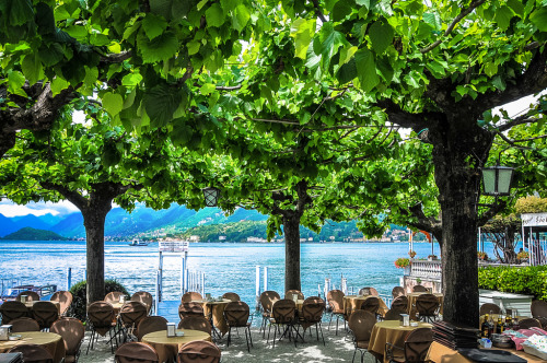 Cafe at Bellagio,  Lake Como, Italy  | by © mbell1975 | via allthingseurope