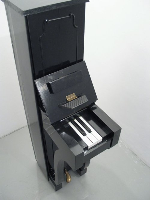 Piano for Rap It makes playing Chopsticks a piece of cake.