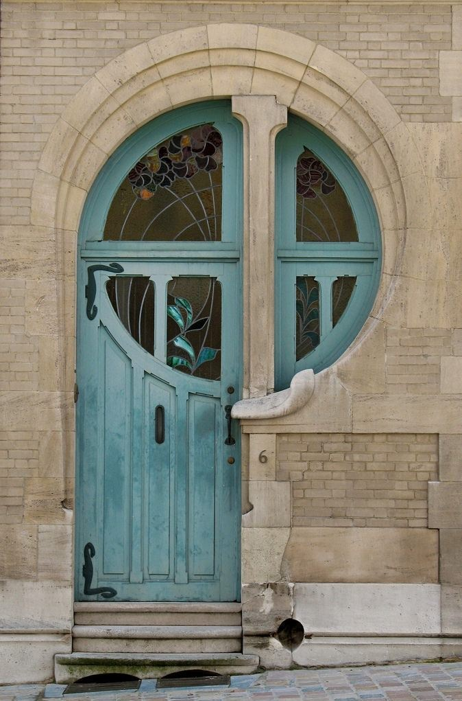 eviternal:   Beautiful door and window at 6 Rue du Lac, Brussels.