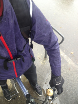 cyclehaul:  First ride to work in the rain this season. @vulpinecc cotton rain jacket arrived just in time to keep me dry.