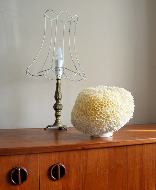 scissorsandthread:  'Sponge' Lamp | Design*Sponge Giddy Aunt, this amazing lamp is made from masking tape! Maybe it's not permanent but it's fun, and the lovely glow it gives is even better.