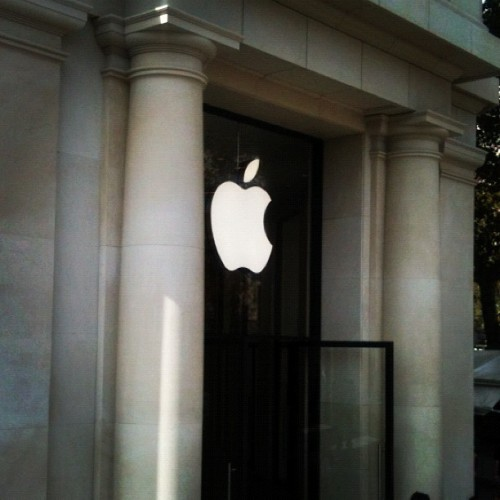 In Barcelona, even the Apple store has grand façade. (Taken with Instagram)