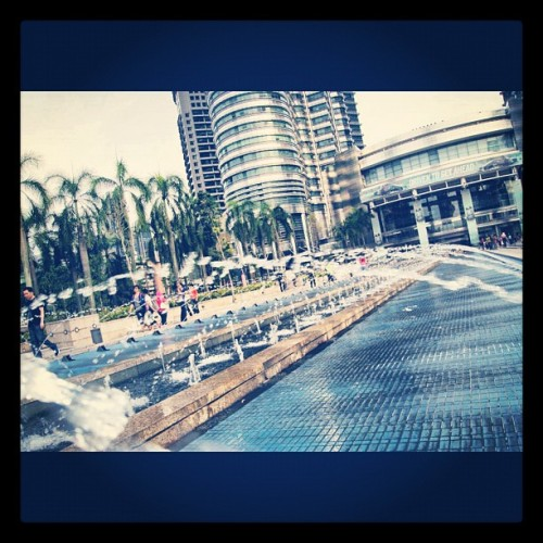 #malaysia #2012 #petronas #towers #twintower #fountain #2012 #study #tour #TA #jhs  (Taken with Instagram)