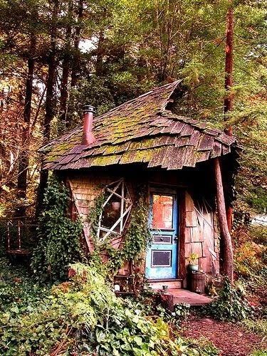 bluepueblo:  Fairytale House, Macon, Georgia photo via enchanted