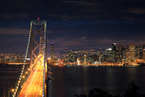 zolashine:  Bay Bridge and San Francisco City at Night on Flickr.