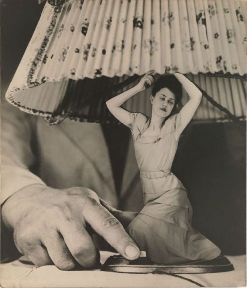 anneyhall:  Grete Stern: Dream No. 1: Electrical Appliances for the Home, 1948.