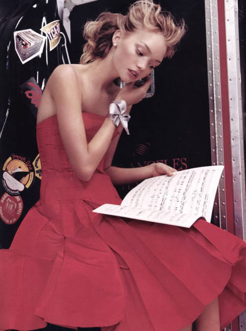 Hot Town. Gemma Ward by Mario Testino for Vogue US