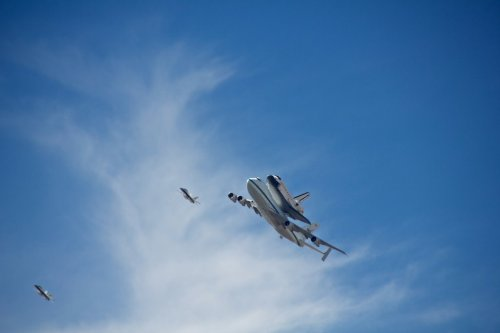 The farewell flight of the space shuttle Endeavour over HQ, captured by our very own $xraystyle!  Endeavor Flyover, Los Angeles by $xraystyle