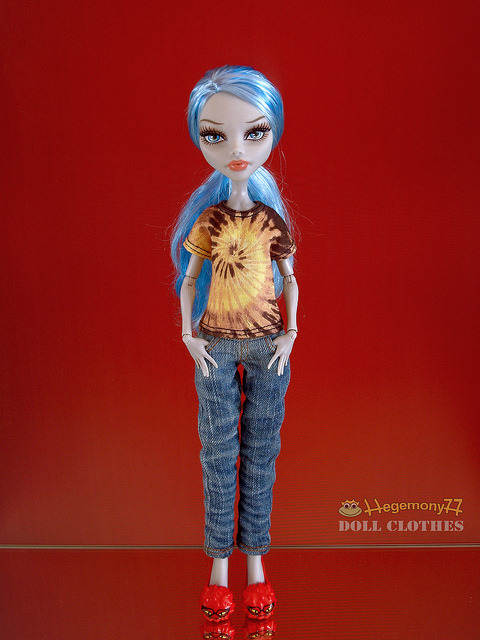 Monster High doll in tie dye t shirt and washed blue denim jeans pants on Flickr.Doll clothes and photo made by Hegemony77