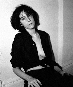 astralsilence:  Patti Smith photographed by Frank Stefanko.