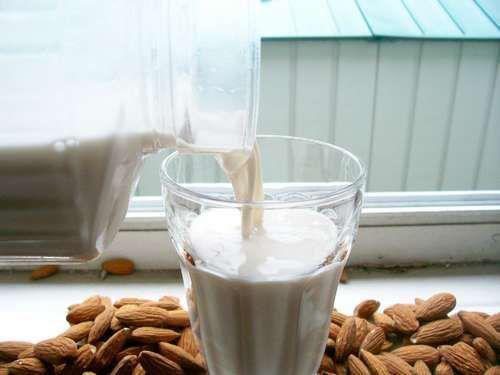 FACT: Almond Milk is one of the best foods for enhancing brain function and memory!