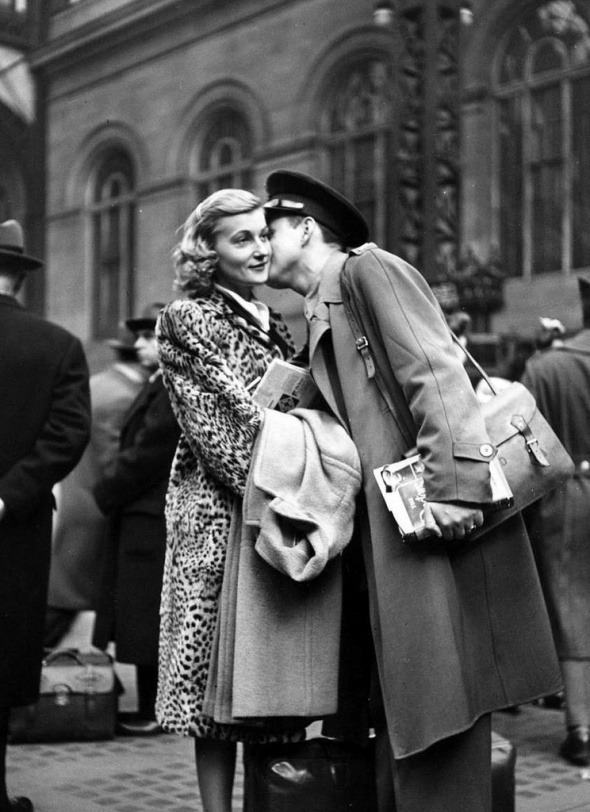 """Goodbye at Pennsylvania Station"" - by Alfred Eisenstaedt (1944)"