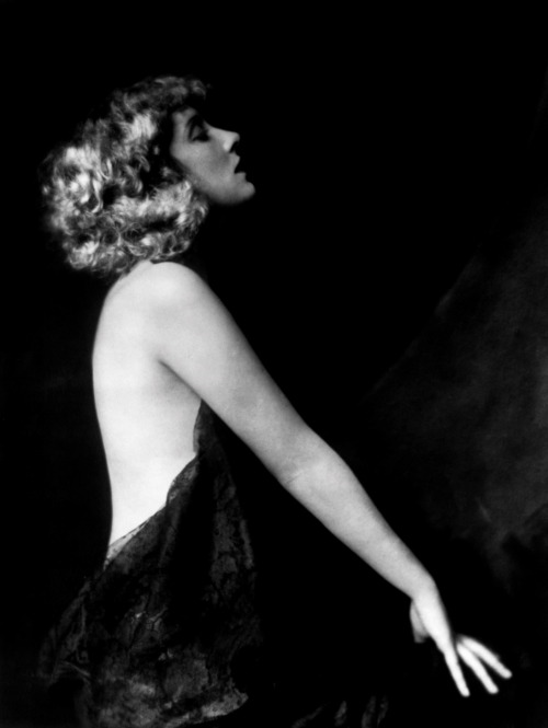 inneroptics:  Alfred Cheney Johnston  Billie Burke