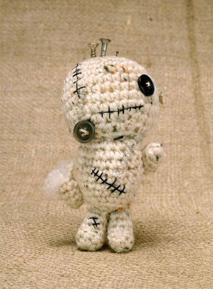 Crochet Zombiebot Amigurumi Check out this poor little Zombiebot.  He needs some serious lovin'! To make a zombiebot of your very own, check out the free pattern here at CraftFoxes.com So cute!