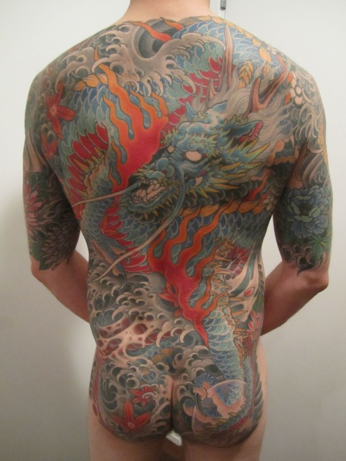 51.5 hours in - all visible work by Mike Rubendall at Kings Ave Tattoo in NYC/Long Island.  read about the process at http://bodysuittofit.blogspot.com/
