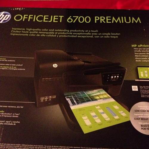 Here's my new printer! Anyone know where I can sell my old, semi-broke one? (Taken with Instagram)