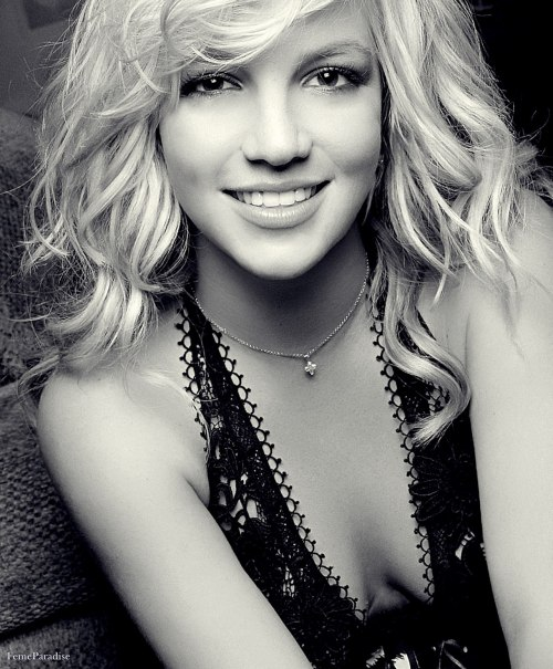 femeparadise:  18/100 pictures of Britney's smile