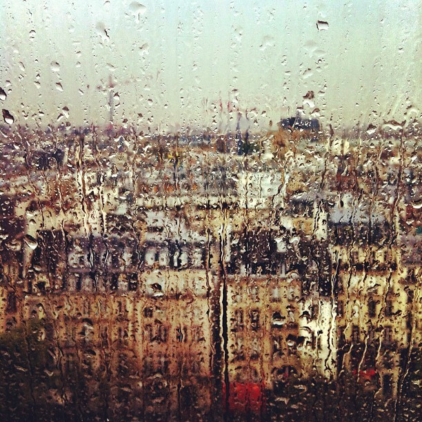 nevver:  Meanwhile, in Paris