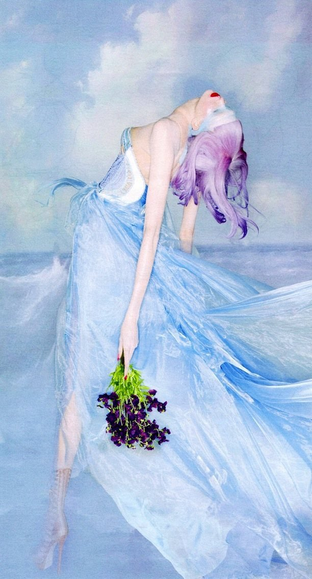 walkingthruafog:  walkingthruafog:  Karlie Kloss by Nick Knight for W Magazine
