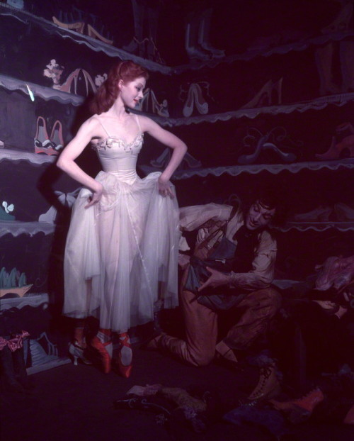Moira Shearer and Léonide Massine in The Red Shoes (1948)
