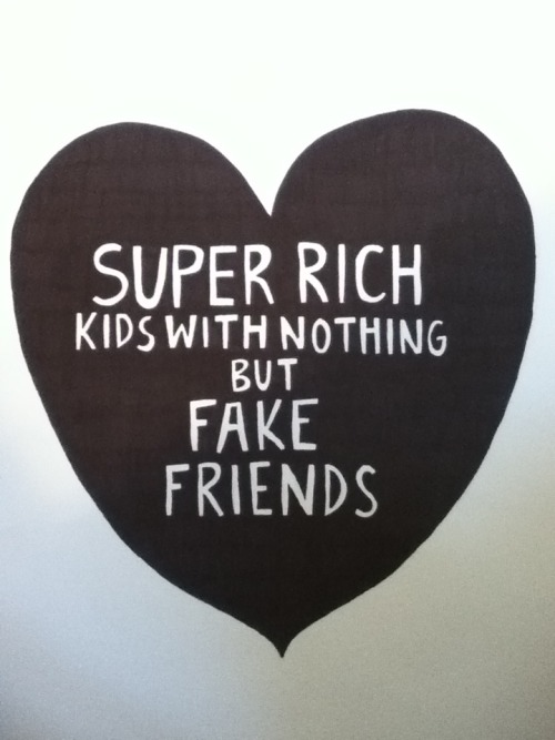 subliminal-way:  im not rich but i have loads of thoss