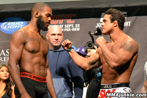 anedibleautopsy:  UFC 152 Predictions First off let me just say that I am bummed I will not be getting to watch these fights. this card has a lot of good fights Matt Hamill Beats Roger Hollett ( so happy Hamill is back) Brian Stann Beats Micheal Bisping (I cant stand that arrogant asshole Bisping) Joesph Benvidez Beats Demetrious Johnson and becomes the first flyweight ufc champion Johnny Bones Jones Beats Vitor Belfort (even though I love to see Belfort pull a victory out of his ass and beats Jones, just to wipe that smirk off his damn face it isn't going to happen)
