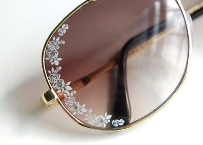 scissorsandthread:  Lace Aviator Sunglasses | Studs & Pearls I saw a packet of nail decals today and thought - hmmm, am I too old to wear these?! After some thought I decided I probably was and so I passed. But this DIY is so clever and simple that I think I need to go back tomorrow and buy them to decorate my sunnies!   Cute idea!