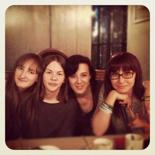 КЫЛТИАААА! W/ @ampermetr @yksin_linty @sally_stardust @victime_De (Taken with Instagram)