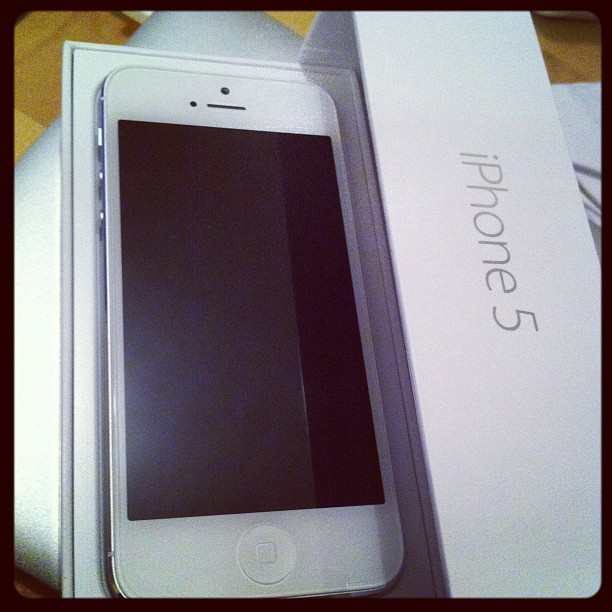 Boom! Lets get this baby up and running!! #iphone5 (Taken with Instagram)