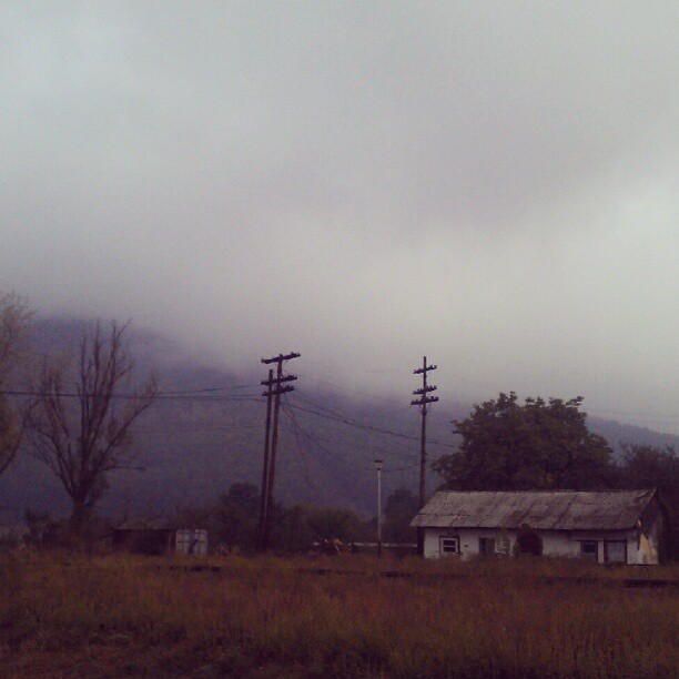 #autumn #fog #landscape #rainy #cloudy #instacool #instagood #igers #PhotoOfTheDay #instamood #instanature #sky #instasky #oldhouse #trees #forest #mountain #september #HTC #transylvania (Taken with Instagram)