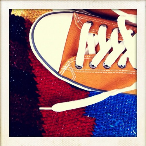 #orange #chucks #pattern #fabric #red #blue #white #befunky  (Taken with Instagram)