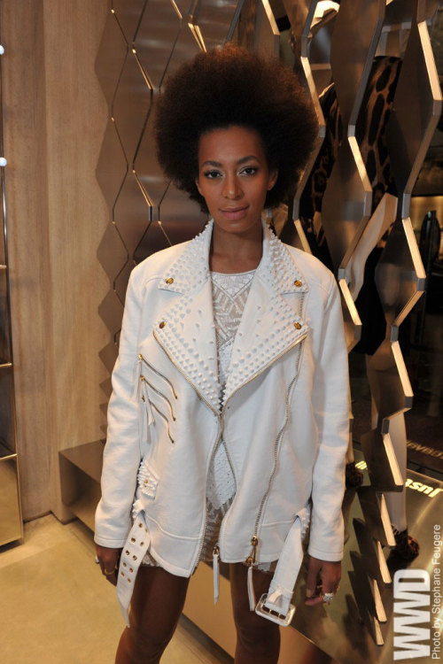 womensweardaily:  Solange Knowles