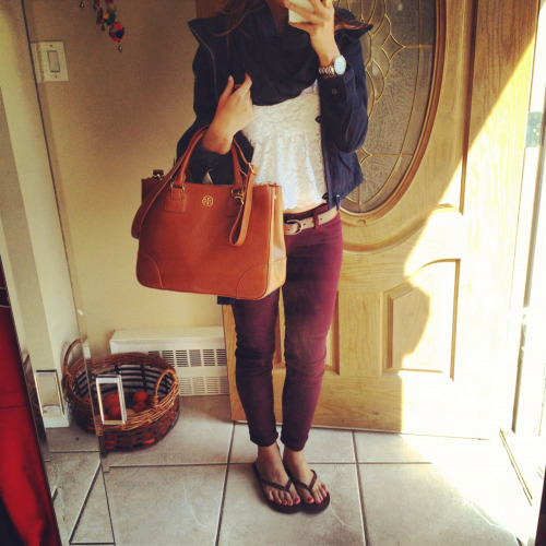 classicjanie:  Outfit of the day! Heading to New York. :)