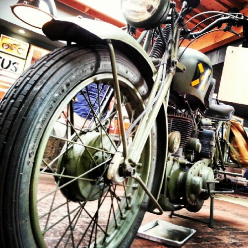 1944 #bsa  (Taken with Instagram at Deus Ex Machina)
