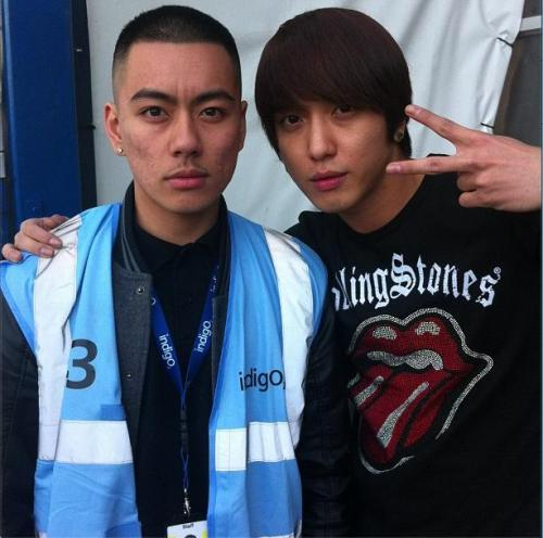 120922 Yonghwa with IndigO2 staff (?) (cr: @DuckzNguyen)
