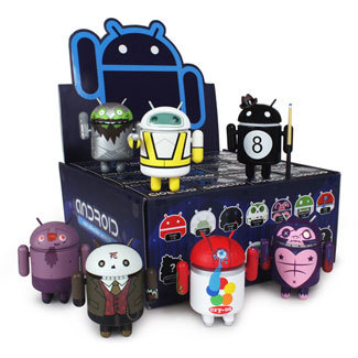 Android S3 Available at Myplasticheart If you haven't pre-ordered any Android S3 toys, Myplasticheart now has them in stock. Both full cases and single blind boxes are available and will ship out next week. Buy: Standard green Android