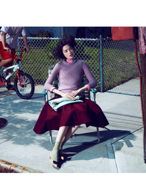 calivintage:  fei fei sun photographed by lachlan bailey for vogue china september 2012 via Fashion Gone Rogue.