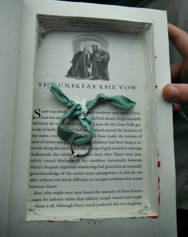 melinagonewild:  O_o  But The Book! :'(