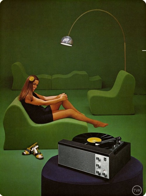 Vintage turntable ad and modular seating.