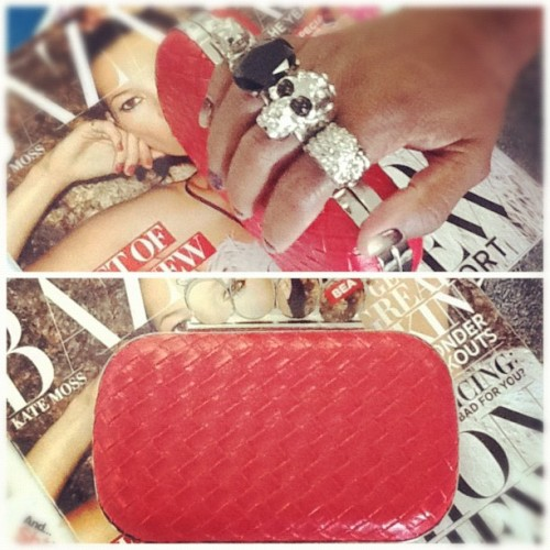 Trend alert Alexander McQueen inspired clutch $38. For more info please email us orders@Philthyragz.com. #retail  #philthyragz #fashion #fallmusthaves #fashionblogger #fashiondiaries #trend#teamphilthy #inspired #style #shopping #gaynelle #just-in #musthave #cute #designer  #picstitch (Taken with Instagram at Philthy Ragz 4840 W. Slauson Ave. Ladera Heights CA 90056)