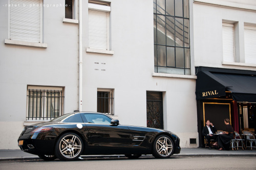itcars:  Mercedes-Benz SLS AMG Image by Benjamin Ratet