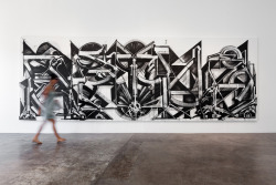 chinchecking:  Retna