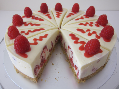 Raspberry White Chocolate Cheesecake / Cheesecake de Chocolate branco e Framboesa