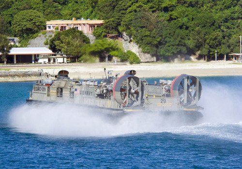 militaryandweapons:  Landing Craft Air Cushion 29 transports equipment. by Official U.S. Navy Imagery on Flickr.