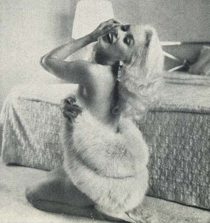 honey-rider:  Mamie Van Doren photographed by Earl Leaf, 1957
