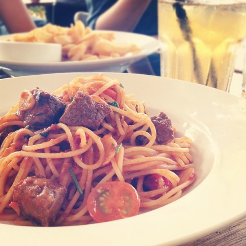 #food // Beef tenderloin pasta  (Taken with Instagram at Kith Café)