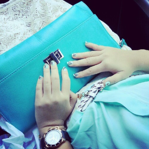 A #turquois #sunday #nails #fashion #blue #bluesunday #girls #fashionforall #fashionable #cute #color #colors #colorful #bright #brightcolors #nice #igers #igerscebu. #igersphilippines #arizonanails #arizona #sister #fashionista  (Taken with Instagram)