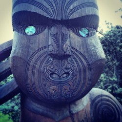 estebangarcia:  #maori #wood #carvings #nz  #beauty #culture #auckland  (Taken with Instagram)