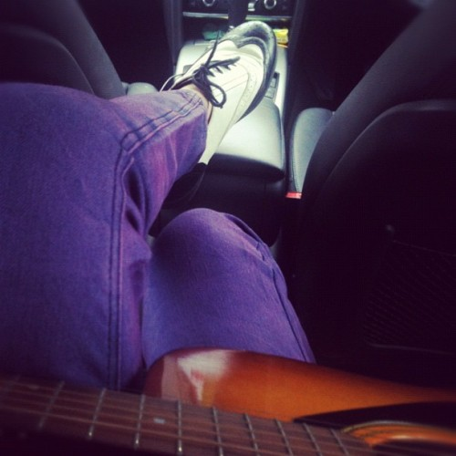 Playing guitar in the car in my new tie-dye jeans and my slats. Pretty fly ;) <3 #fashion #jeans #music #guitar #me #slats #shoes #cute #sunday #feelinggood #cool (Taken with Instagram)